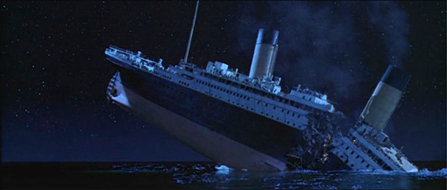 Titanic breaking in half