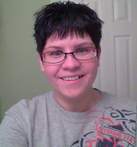 New short, dark hair color