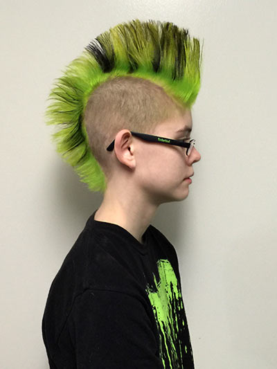 Side view of the above-pictured mohawk. LOVE IT. Sarah doesn't often wear it spiked, usually loose, but it looks amazing both ways.