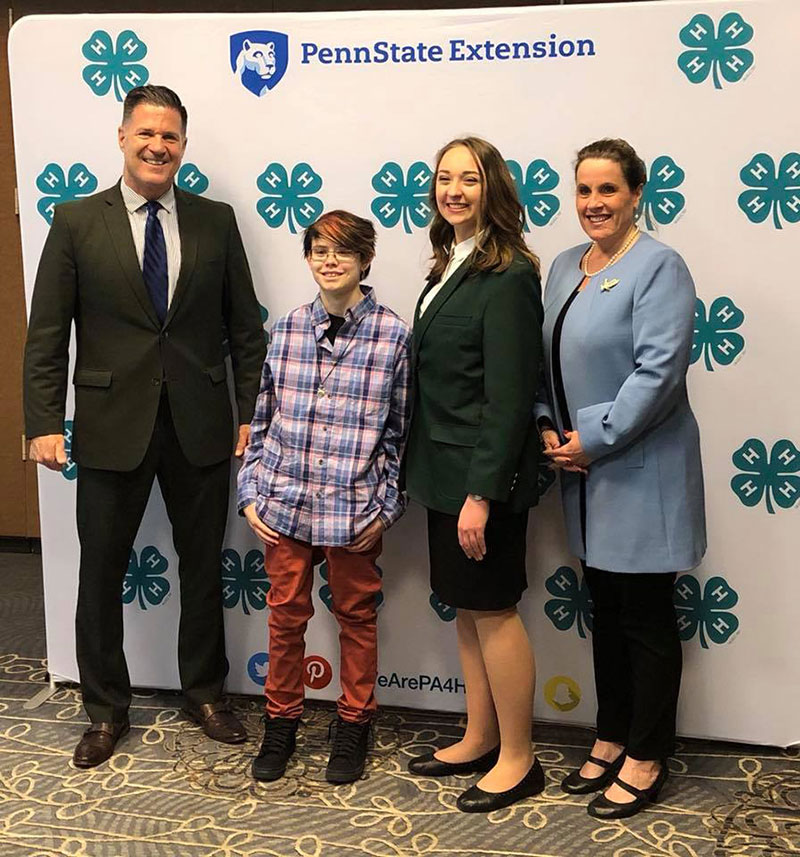 Unschool Rules unschooling in March 2018: Ashar Otto with Pa. Sen. Mike Regan at 4-H Capital Days
